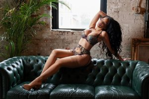 Keysie independent escort