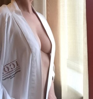Zophia incall escorts in Woodward