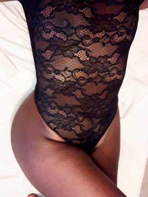 Fatmata incall escorts in Copiague New York