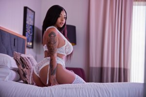 Mary-jane live escort